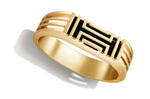 fitbit-bracelet